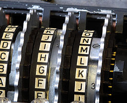 256px-Enigma_rotors_with_alphabet_rings